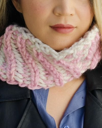 Reversible Diagonal Two-Color Cowl - close-up front facing - Amy Eve Jo